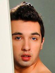 Sexy guy - Andras Styles::Sergio Long